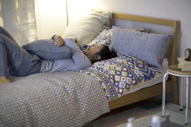 足が冷えて眠れない原因と対策10選!まとめ