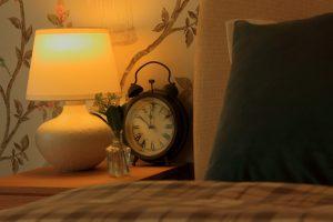 光で体内時計を正常に動かす