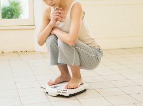 睡眠不足は太る原因!睡眠とダイエットの深い関係
