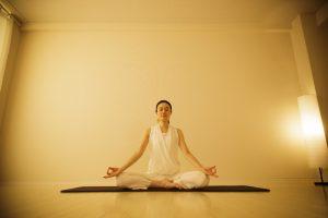 瞑想の方法(5)マントラを使用する