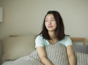 寝だめしてもダメ!危険な睡眠負債のダメージと解消方法とは?