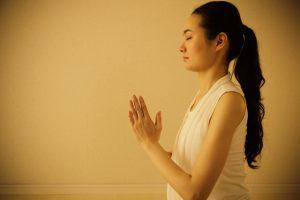 1日3分!睡眠効果を高める5つの瞑想方法