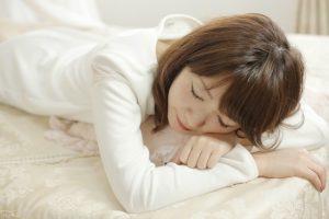 【保存版】眠れる久石譲おすすめピアノ音楽ランキング18選!