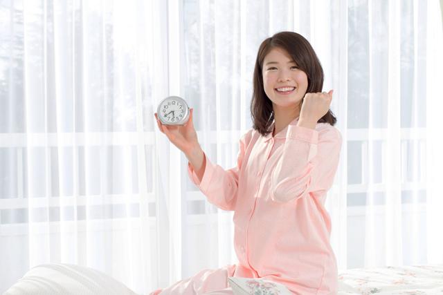 絶対起きれる!目覚まし時計の選び方とおすすめランキング15選