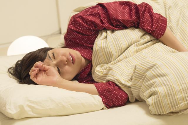 過緊張症状が原因の睡眠障害とは?