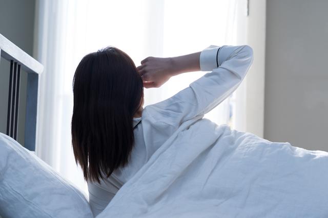 ADHDだと、なぜ朝起きれないのか?睡眠障害の原因と対策