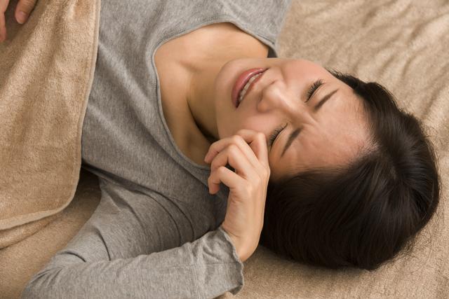 眠れないまま布団に長くいても疲れは取れない