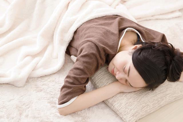 睡眠のサイクルと眠りの深さの関係