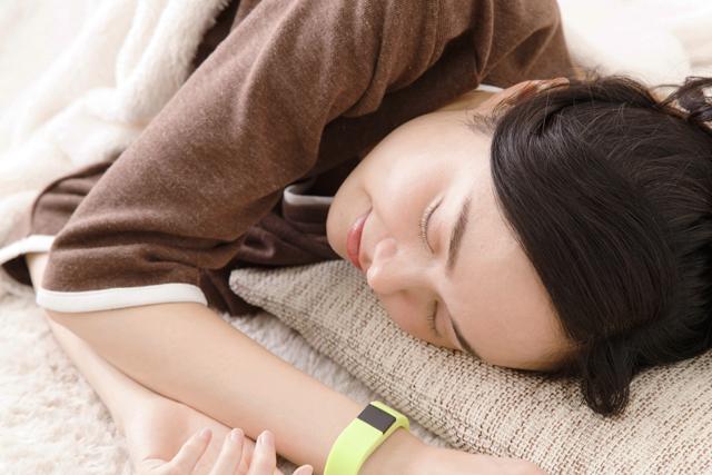 睡眠時に働く3つのホルモン