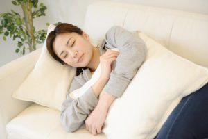 横向き寝に抱き枕が最適!?5つのおすすめ理由