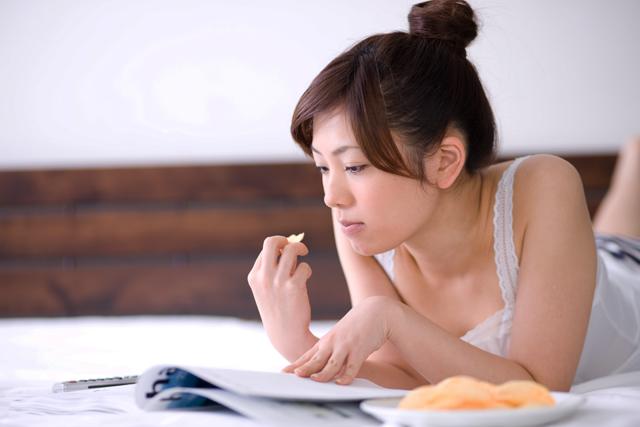 消化に時間がかかる食べ物は安眠できない