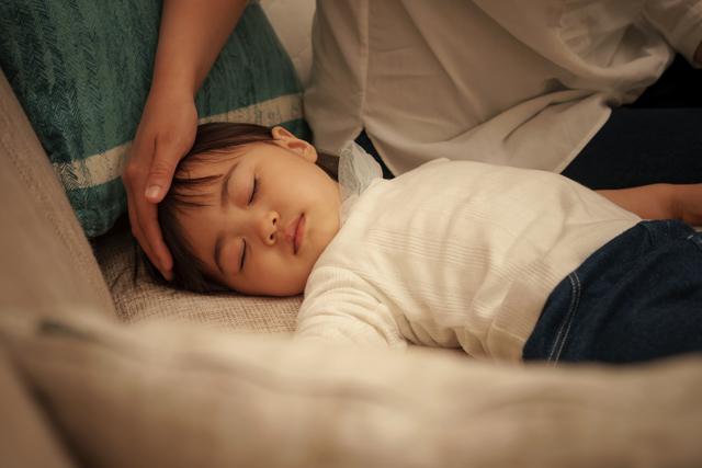 夜驚症は一般的には睡眠のメカニズムが発達段階にある3~7歳くらいの子供に起こることが多い病気です。