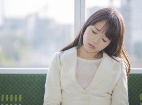夜間勤務の方必見!交代勤務睡眠障害の症状と今すぐできる対策とは?