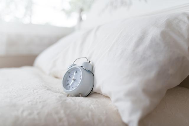横向き寝の人が枕を選ぶ時のポイント