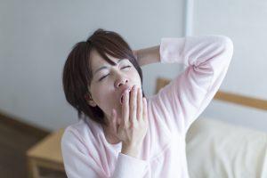 【保存版】高血圧には寝不足注意のワケ!血圧上昇のリスク対策とは?