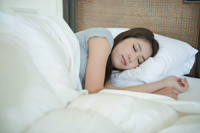 左向きで眠ることのメリット(左側を下にして眠る)