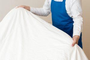 掃除機だけではダメ!完璧な布団や毛布のダニ対策とは?