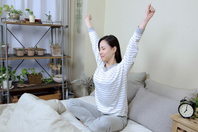 精神的に不安定になっていたり、神経がリラックスできない状況が睡眠を妨げます。