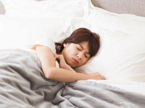 【保存版】夏の寝苦しい夜対策はコレ!ひんやりグッズ8選!
