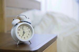 睡眠時間が長い方、短い方の眠りの違いとは?