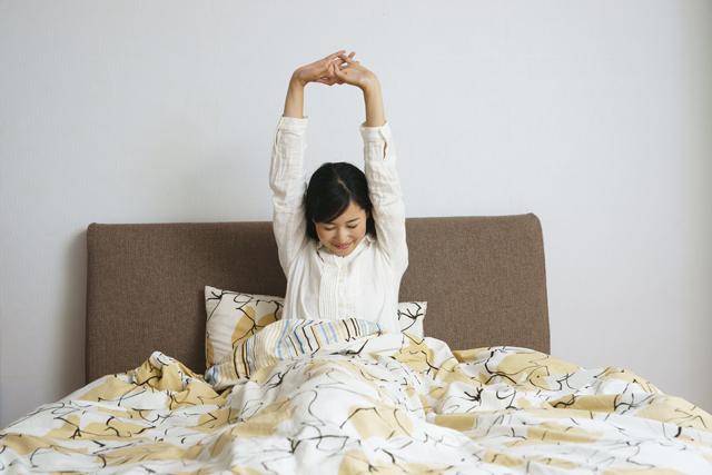 記憶に残る夢と言うのは、朝方起きる直前の場合が多く、眠りの浅いレム睡眠の時に見る夢です。