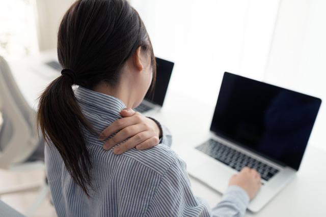 肩コリの原因