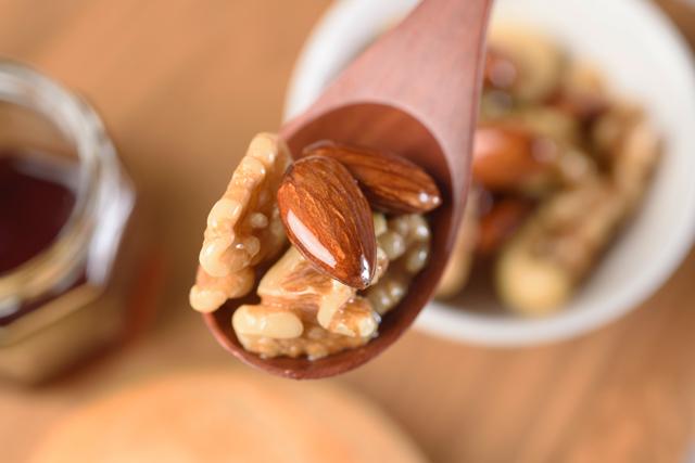ビタミン類、カルシウム、マグネシウムを摂取する