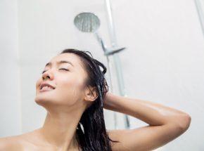 シャワーだけはダメ!?睡眠の質を上げる入浴と効果的な時間とは