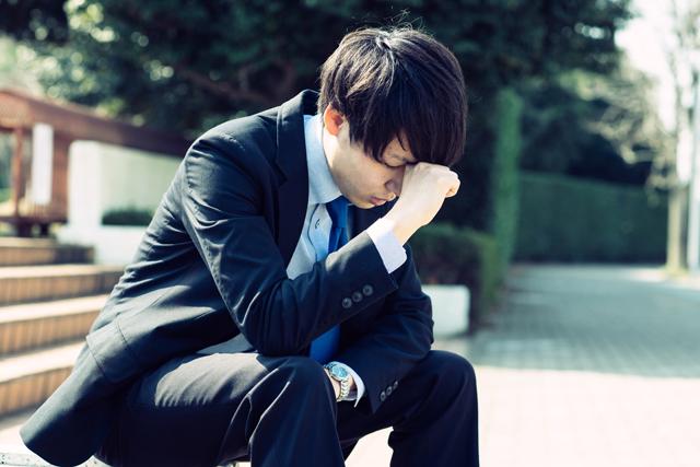 LOH症候群と睡眠の関係とは?原因と対策、治療法の知識