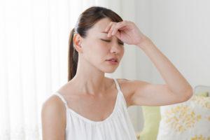 寝起きに「ふわふわめまい」がするのはなぜ?原因と対処法