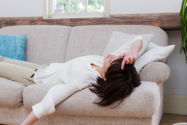 寝起きのめまいの原因、症状、対処法